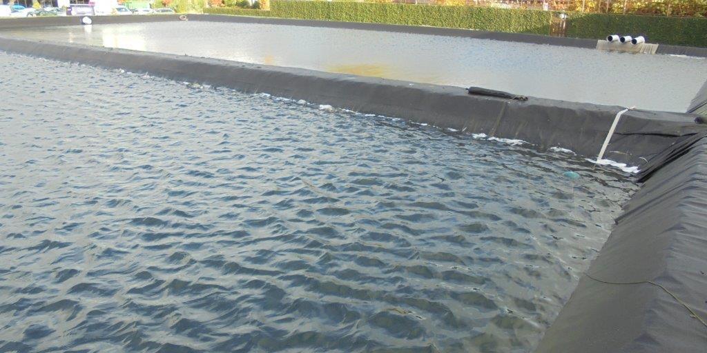 Schoon bassinwater